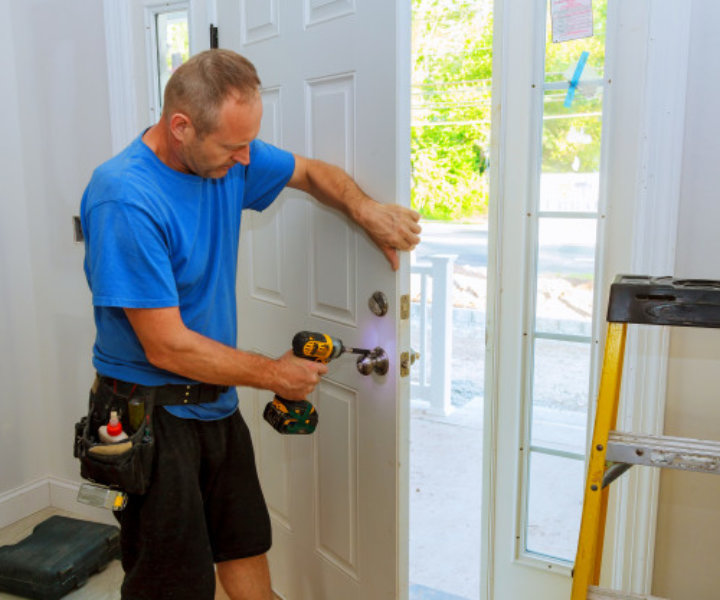 Planning To Hire A Residential Locksmith In Houston? Ask These Questions First.