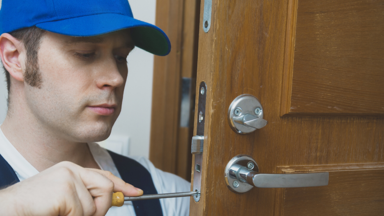 Why Should You Use a Professional Locksmith?